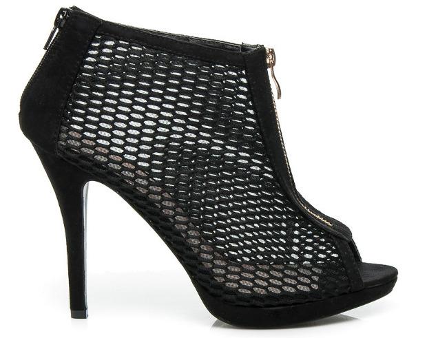 najmodniejsze-fasony-obuwia-trendy-3